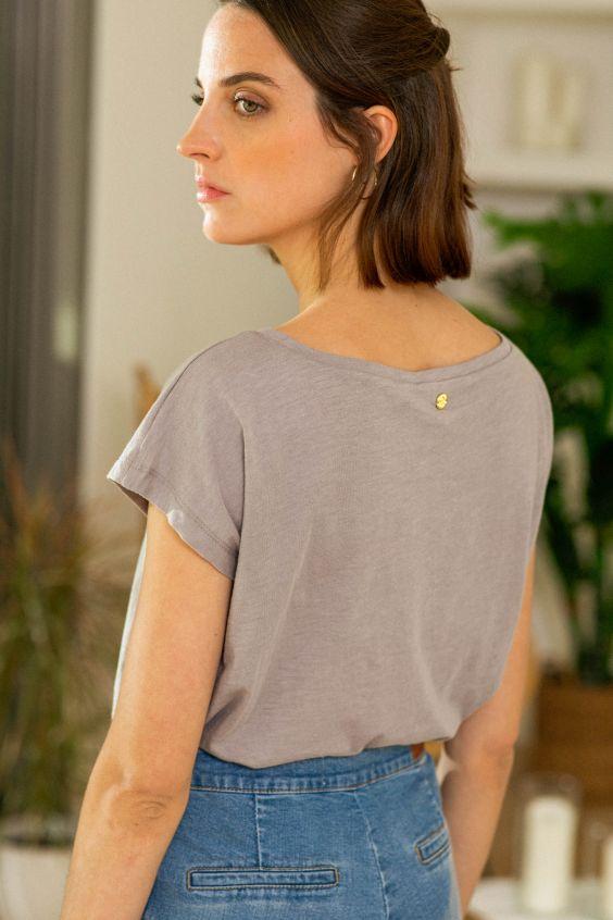t-shirt-believe-gris-